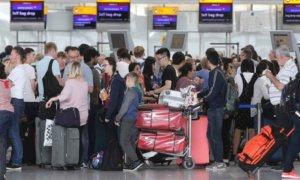 British Airways, Siber Saldırılar Sebebiyle Tüm Uçuşlarını İptal Etti